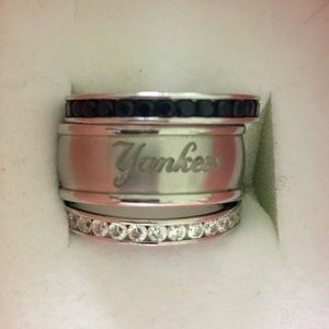 New York Yankees Swarovski Crystal 3 Rings Set